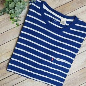Levi's - Blue Striped Pocket T-shirt